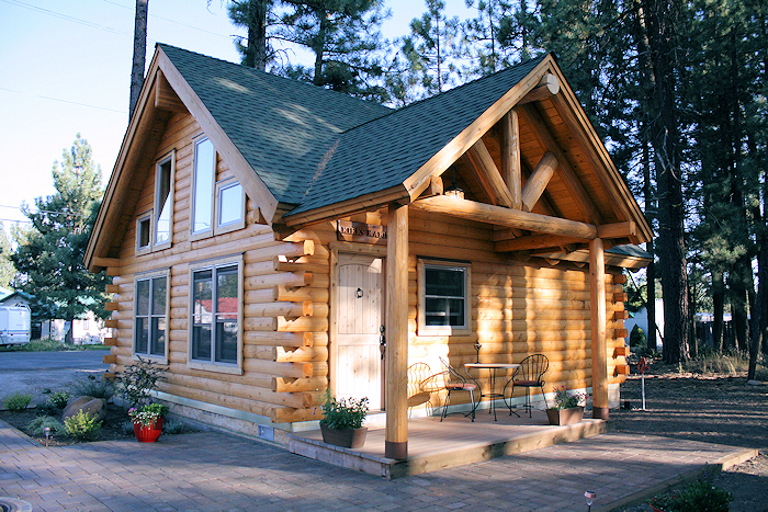Small log cabins real log style for Log cabin builders in california