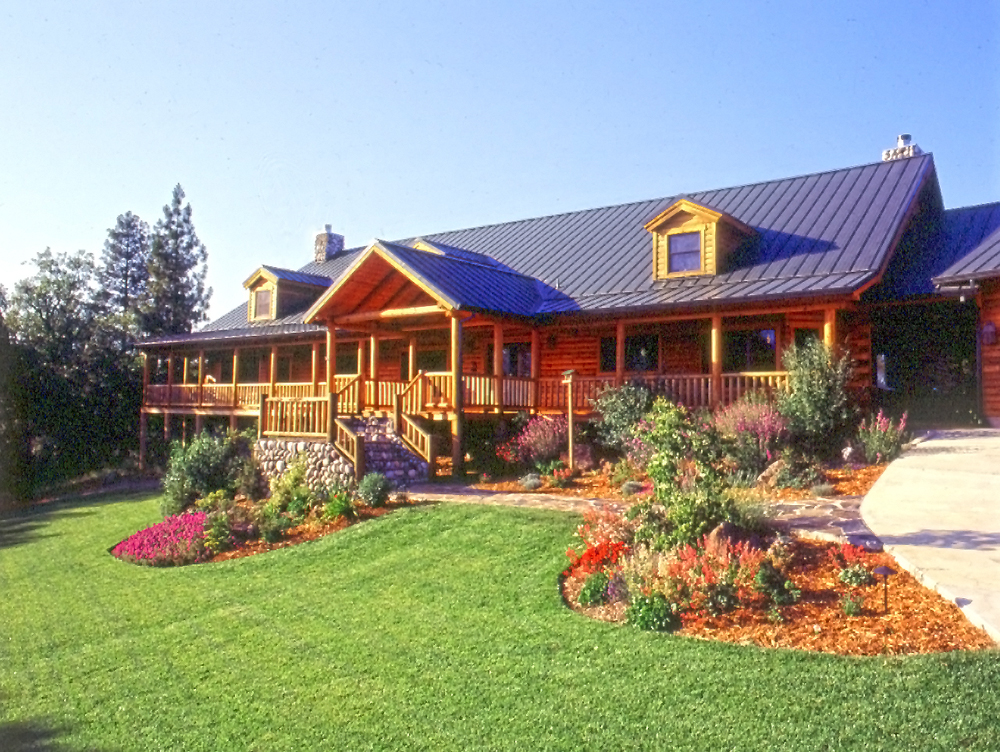 Landscaping Pictures For Log Homes :
