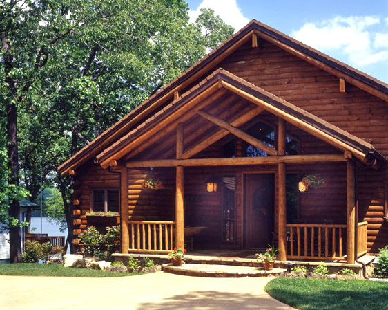 A floor plan for family gatherings real log style for Log home porches