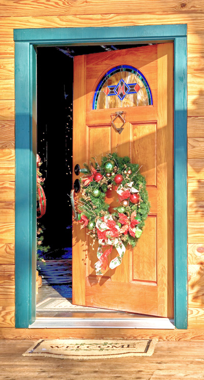 Welcome To Holiday Decorating Season!   Real Log Homes