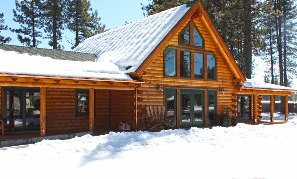 California log home in snow