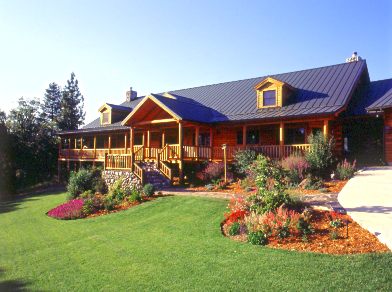 More tips for building a great log home for your budget for Tips for building a house on a budget