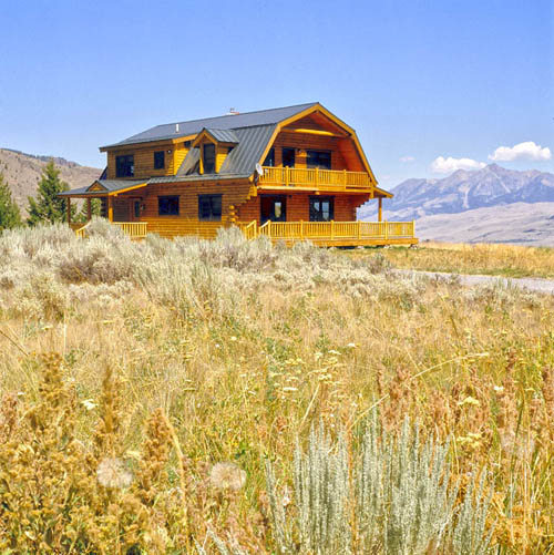 A montana log home real log homes goes custom real log for Log barn homes